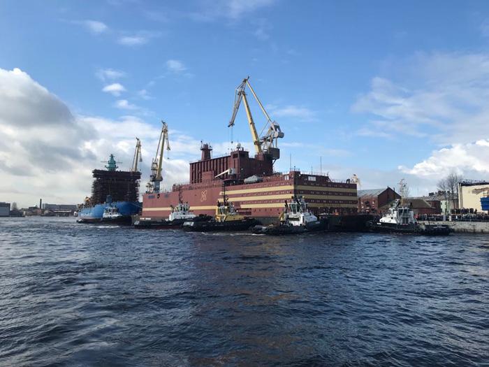 В России закончили строительство плавучей АЭС «Академик Ломоносов»