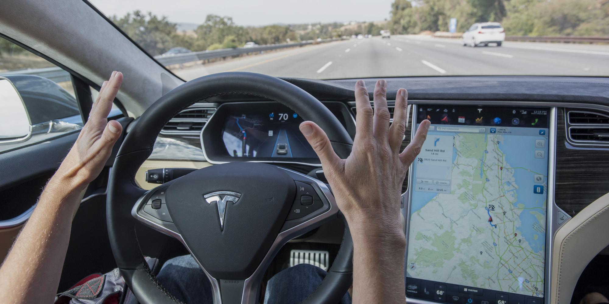 Инженер Volvo назвал автопилот Tesla Motors «ваннаби» реальной автономной системы