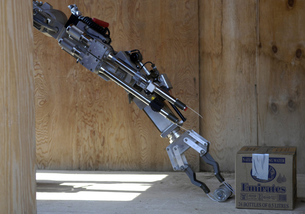 Robots.  Translating material from The Big Picture