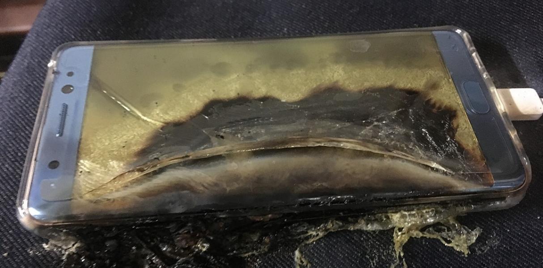Samsung отзывает смартфоны Galaxy Note 7 после сообщений о взрывах батарей