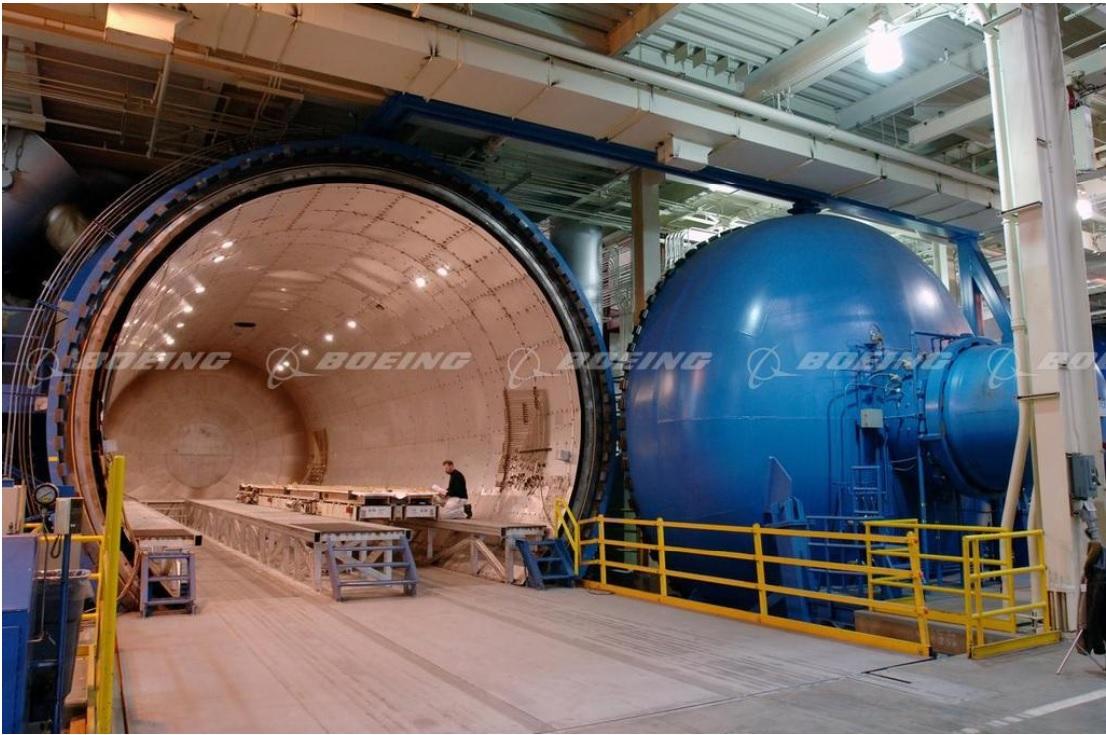 Автоклав в Boeing