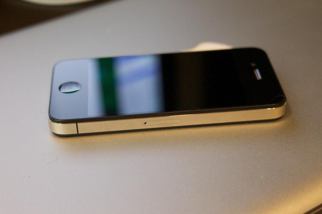 скачать фото на айфон 4 - фото 2