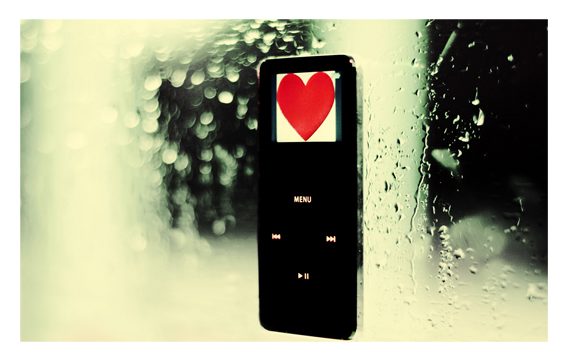 iPod Loves Rain