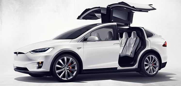 Tesla отозвала 2700 автомобилей Model X из-за дефекта заднего ряда сидений