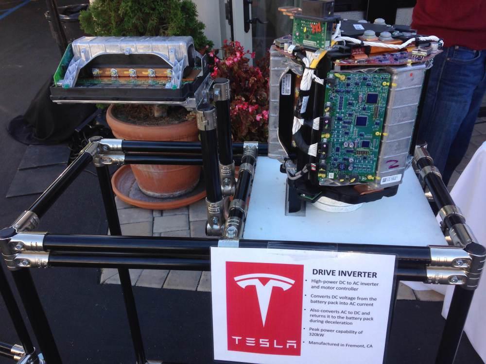 Электромотор самой недорогой модели автомобиля Tesla мощнее, чем двигатель BMW M3