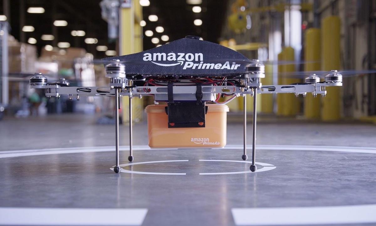 Доставка дронами: Amazon запатентовала башню для коптеров-курьеров