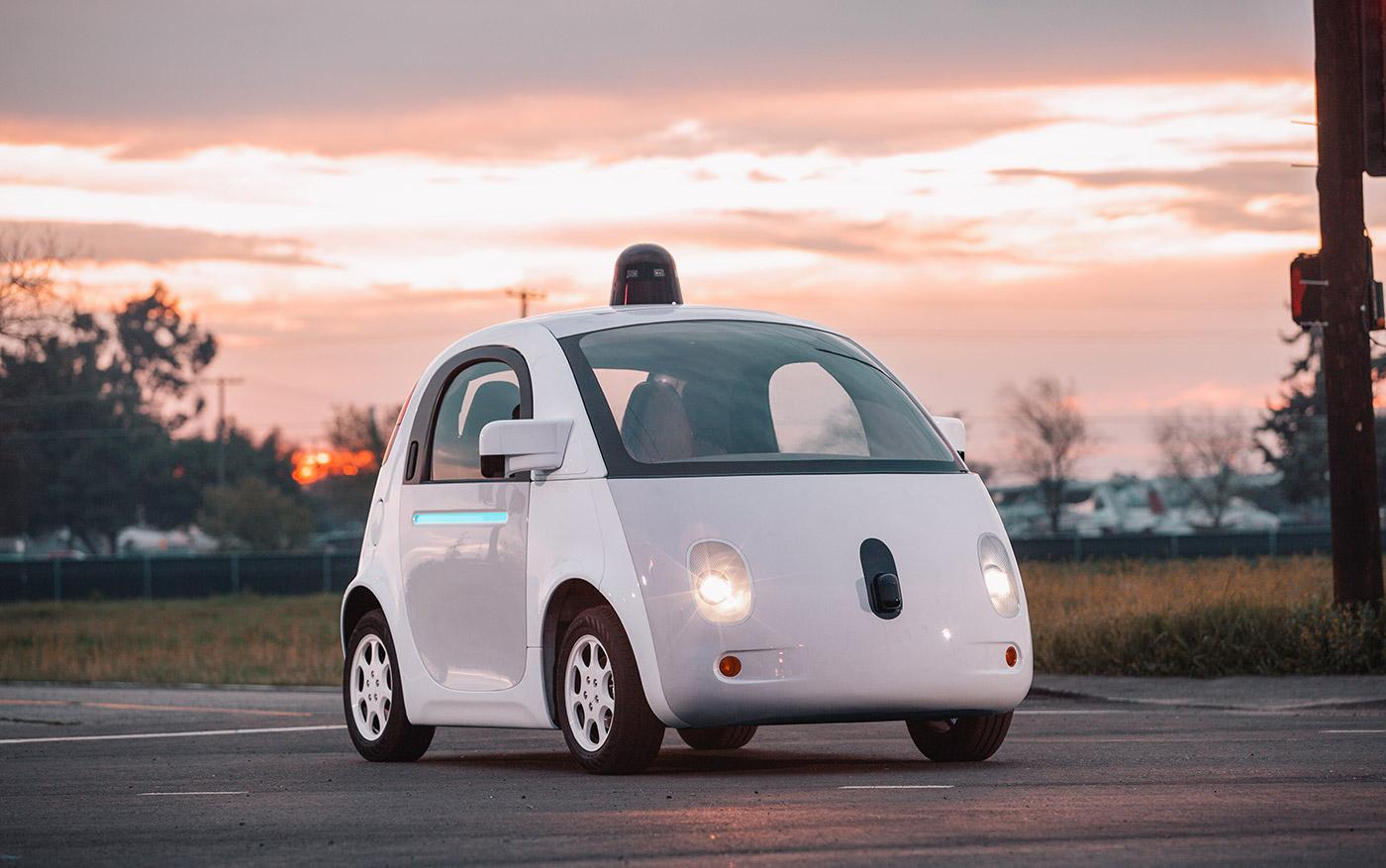 Автомобили Google проходят 5 млн километров в день в виртуальной среде