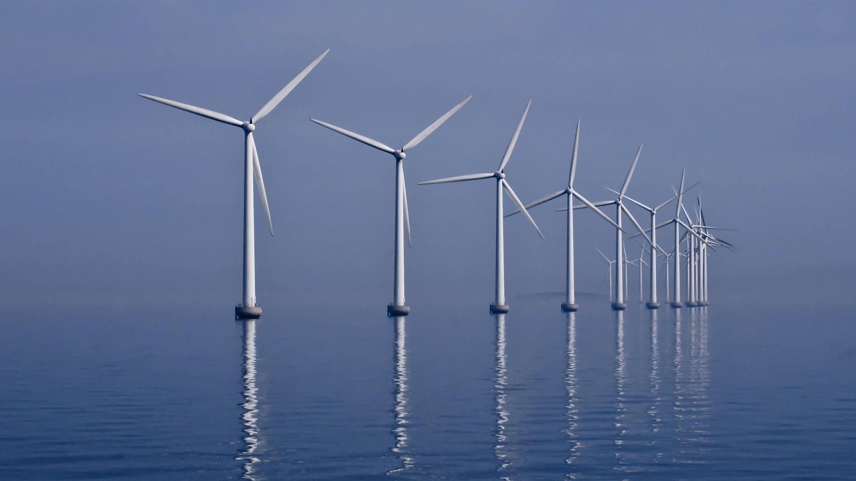 Потребители энергии в Германии в это воскресенье получали деньги за использованное электричество
