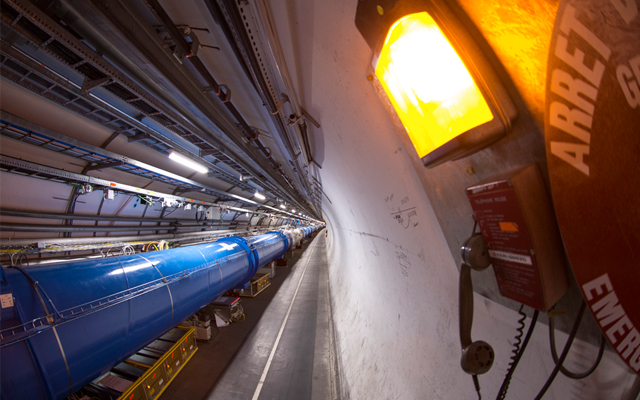 Суперсимметрия не подтверждается экспериментами, и физики ищут новые идеи