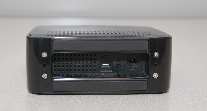 Устройство покрытия Cel-Fi RS2 black — вид снизу