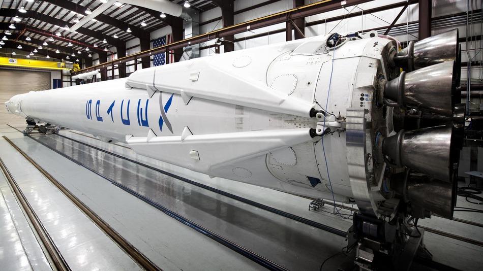 Илон Маск официально подтвердил успешное приводнение первой ступени Falcon- ...