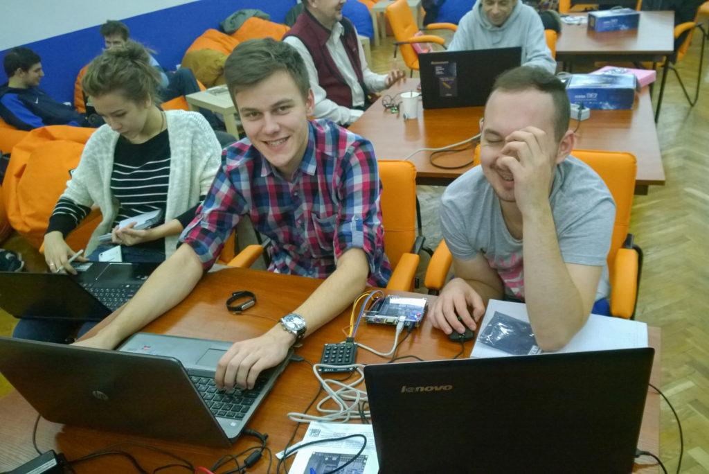 Хакатон нового типа испробован в Киеве, планируется повторить этот опыт в России