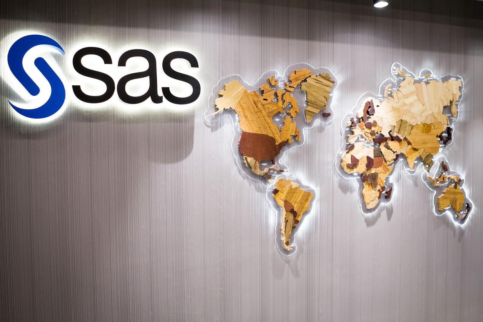 SAS: мы анализировали данные и обучали модели задолго до того, как это стало модным