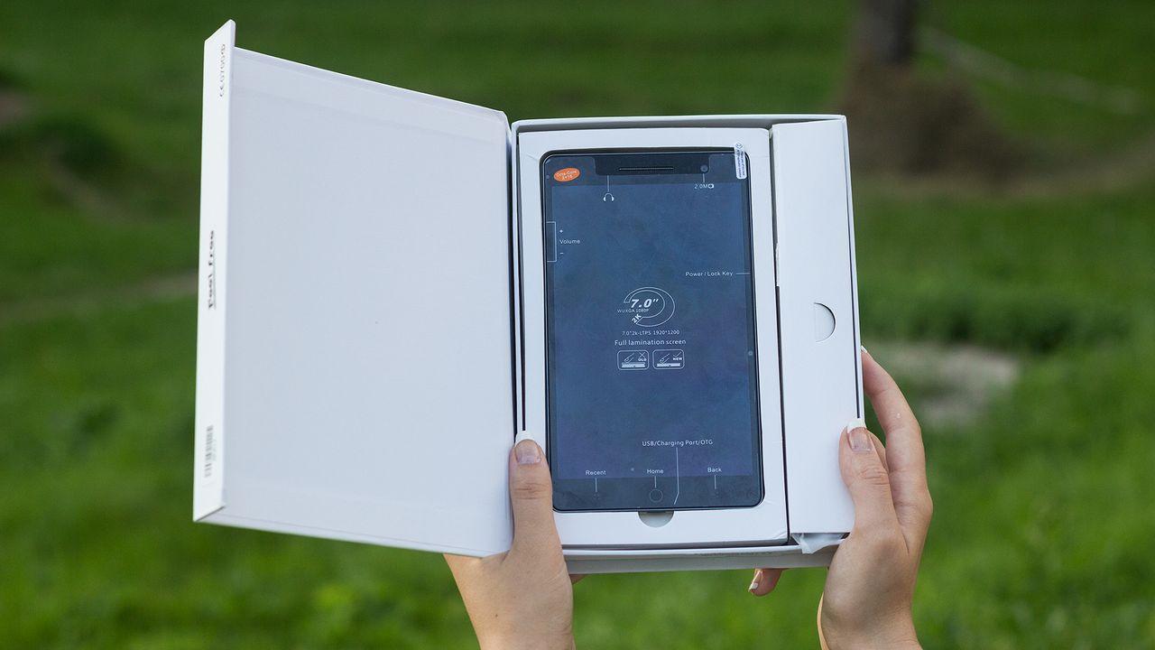Ulefone U7 — тонкий фаблет