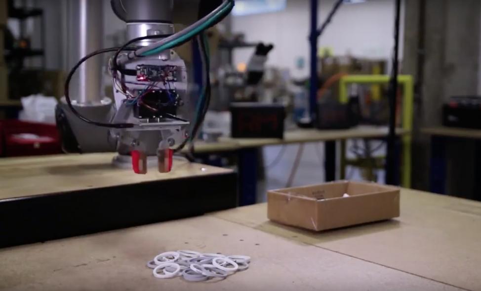 [Перевод] Роботы начинают справляться с манипулированием произвольными объектами
