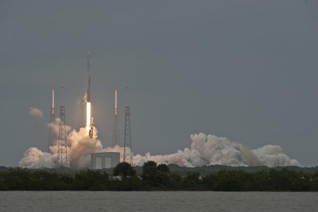 Космический «грузовик» Dragon от SpaceX успешно стартовал к МКС уже в третий раз