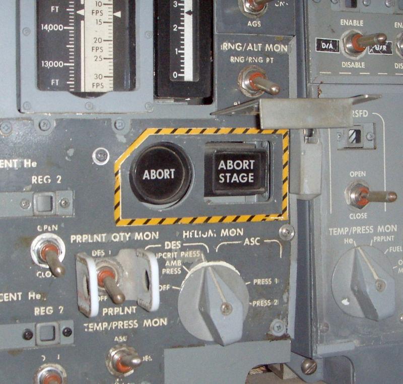 [Перевод] Погружение в недра бортового управляющего компьютера «Аполлона» и хак, спасший миссию «Аполлон-14»