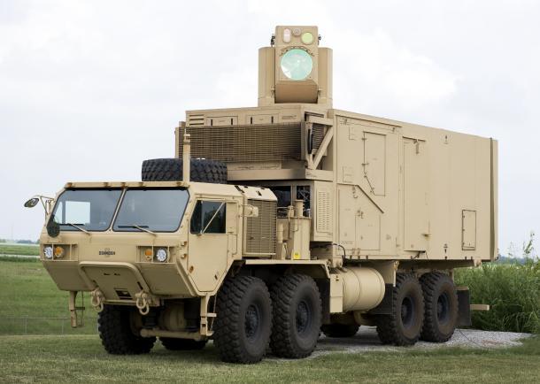 В США испытали боевой лазер — на литий-ионных батареях и с контроллером от Xbox