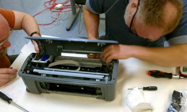 Берём старый струйный принтер,