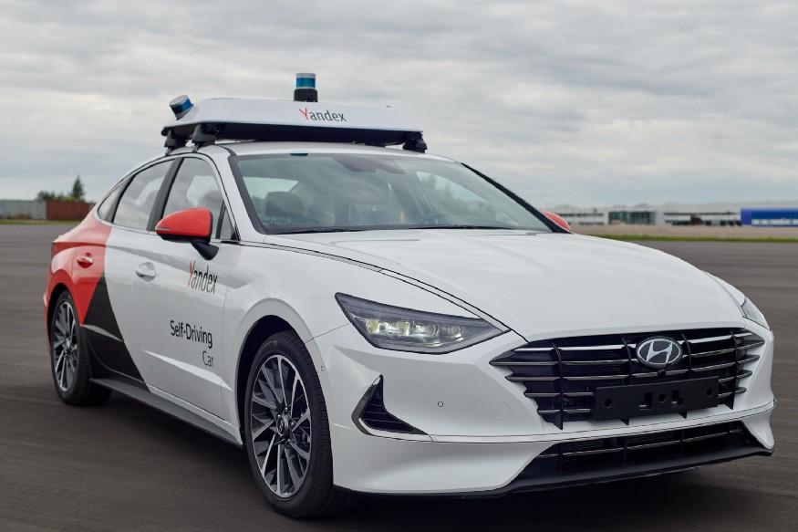 Машина с автопилотом от Яндекса с обвесами