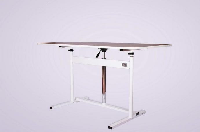 Стол для циркулярной пилы. Своими руками делаем стол для циркулярной пилы 77