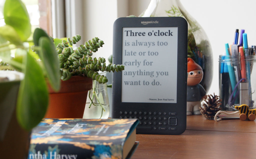 We make literary clocks on the basis of e-book
