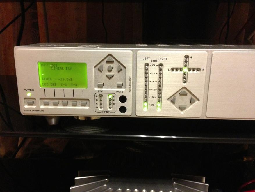 Для тестов использовался цифро-аналоговый преобразователь Nagra DAC