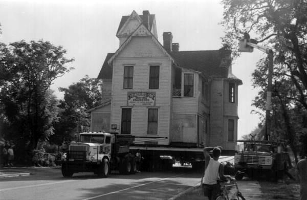Moving the Mote-Morris House: Leesburg, Florida
