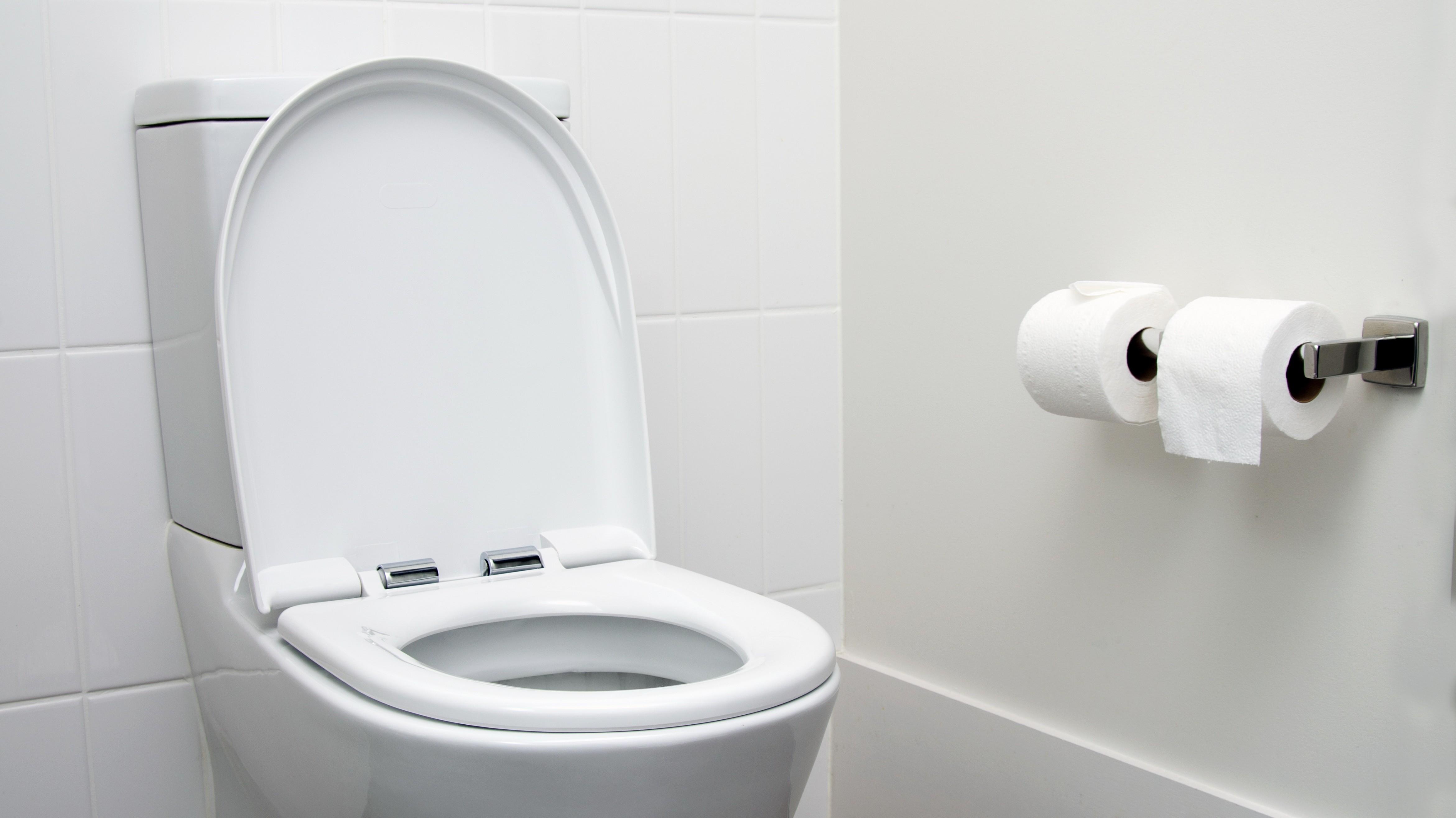 [Перевод] Facebook заставляет модераторов документировать своё рабочее время с точностью до секунды — даже походы в туалет