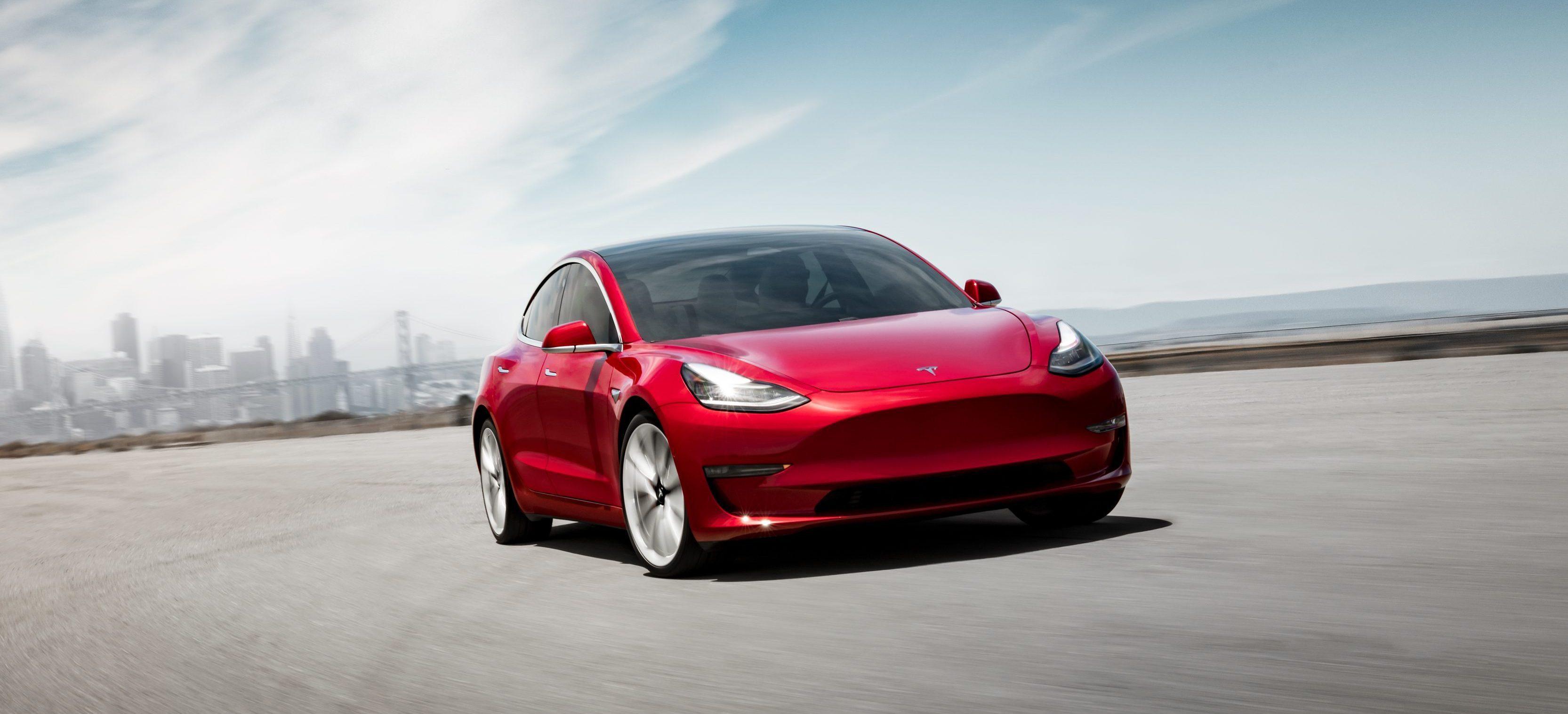 Tesla открыла предзаказы на Model 3 в Европе и Китае