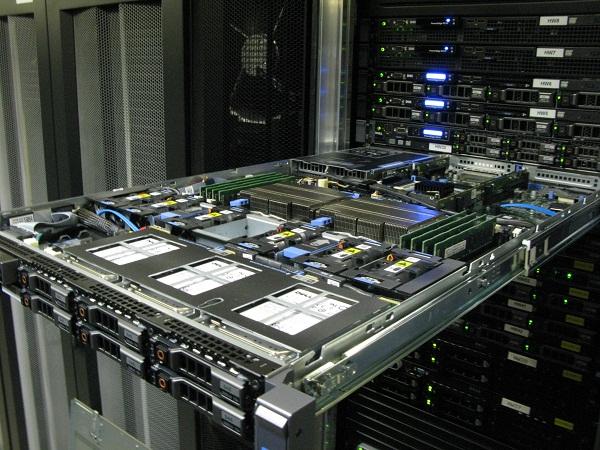 Новые серверы DELL R610 в Русониксе