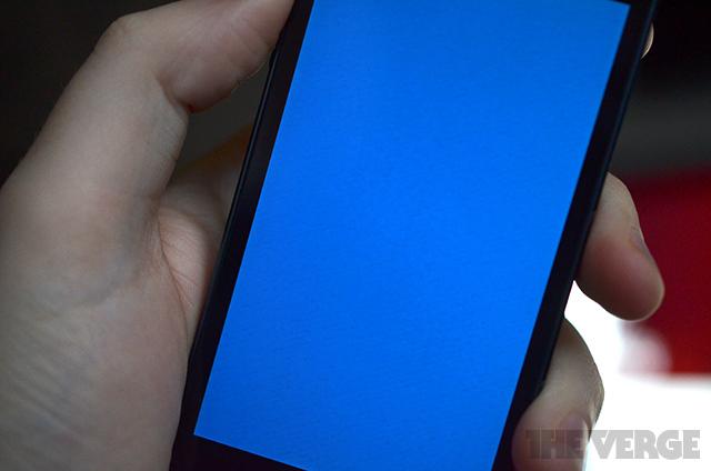 iPhone 5S обзавелся «синим экраном смерти»