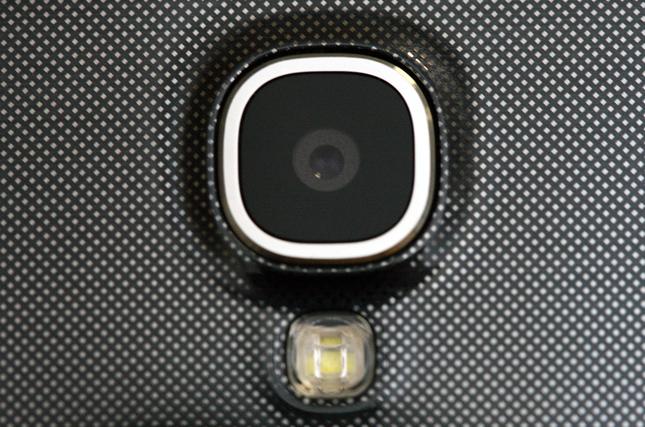 увеличение матрицы фотокамеры в мобильном телефоне правда
