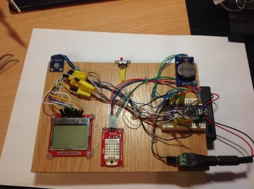 Комнатная метеостанция на Arduino