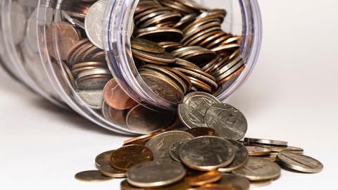 Facebook готовит к выпуску цифровые монеты, привязанные к корзине валют и обеспеченные капиталом компании
