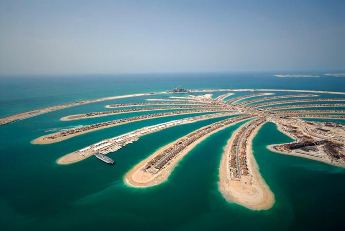 Как KVM оборудование помогло при строительстве острова Пальма Джумейра в ОАЭ
