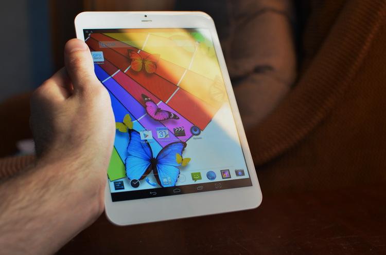 bb-mobile Techno 7.85 3G: «клон» iPad mini с телефонным функционалом и 4 ядрами