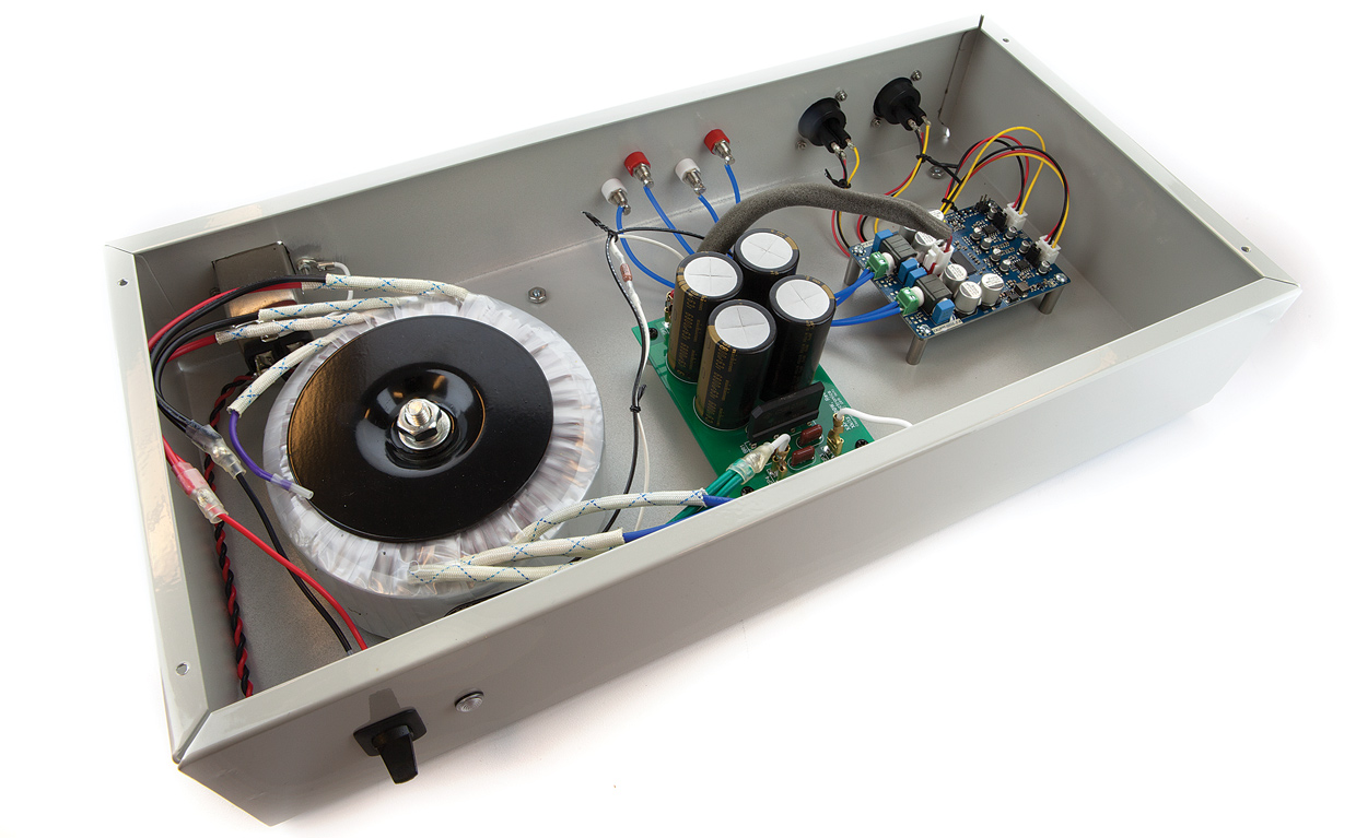 Build your own professional-grade audio amplifier is not (very) expensive