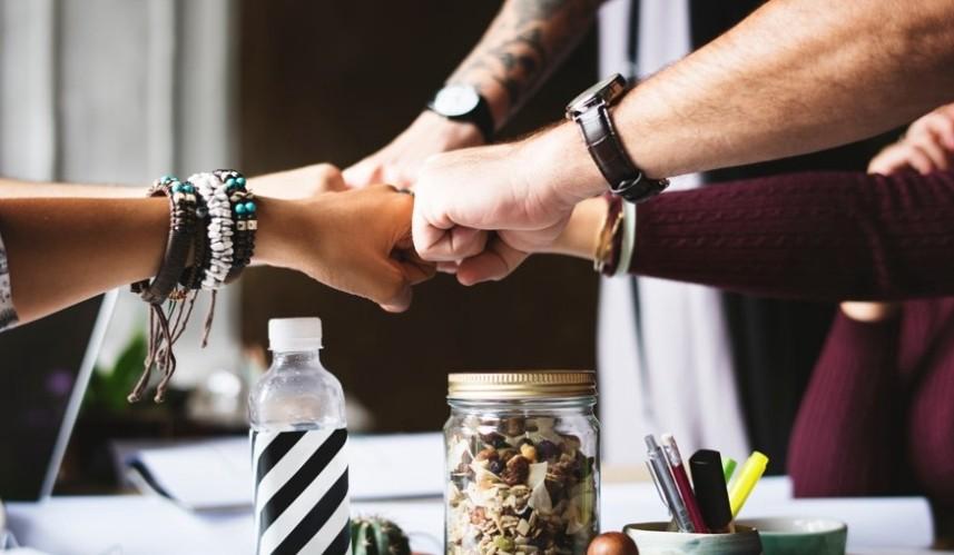 Ежедневные собрания в Agile разработке: 15 минут, без которых не видать релиза