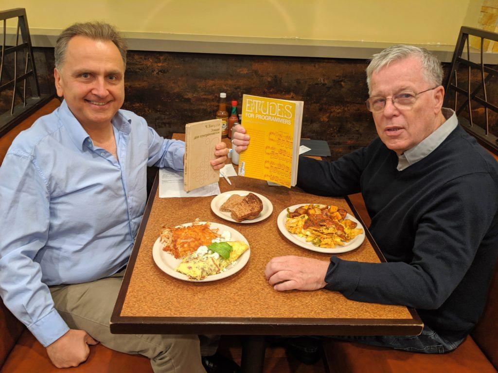 Отчет с завтрака с Чарльзом Уэзереллом, автором культовой книги «Этюды для программистов»
