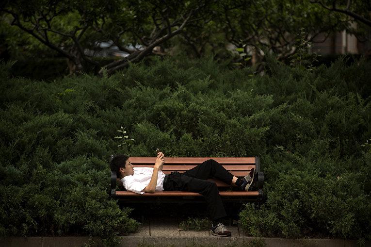 Студента китайского вуза чуть не отчислили из-за низкого «социального рейтинга» его отца