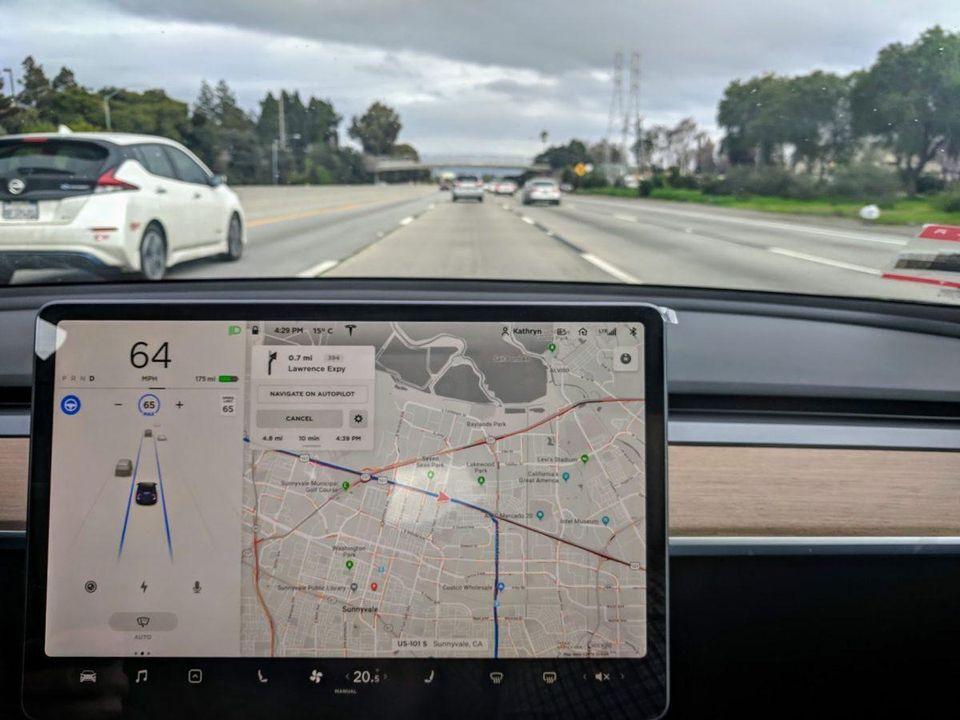 [Перевод] Что думают специалисты по роботизированным автомобилям про Автопилот от Tesla