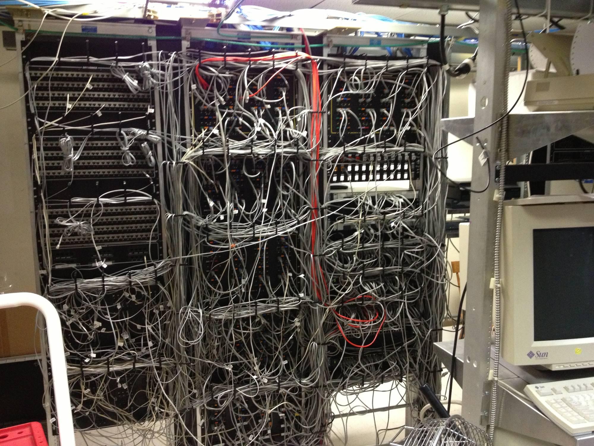 кабель менеджмент несколько советов из собственного опыта блог компании king servers хабрахабр