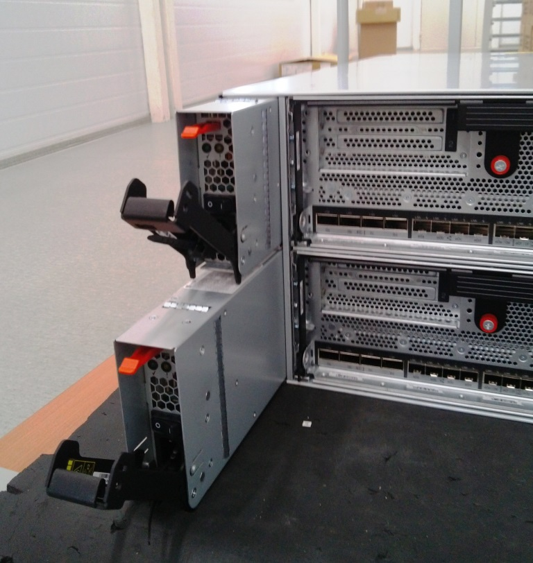 Блоки питания NetApp FAS8040