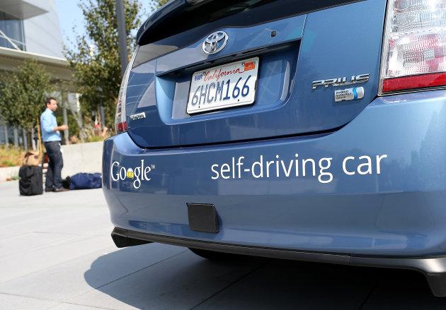 Калифорния разрешит беспилотным автомобилям ездить по оживленным улицам