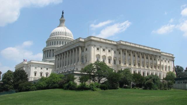 Парламент США принял закон против патентных троллей