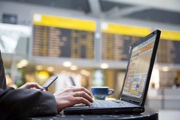 Канадские спецслужбы следят за посетителями аэропортов с помощью Wi-Fi хотспотов