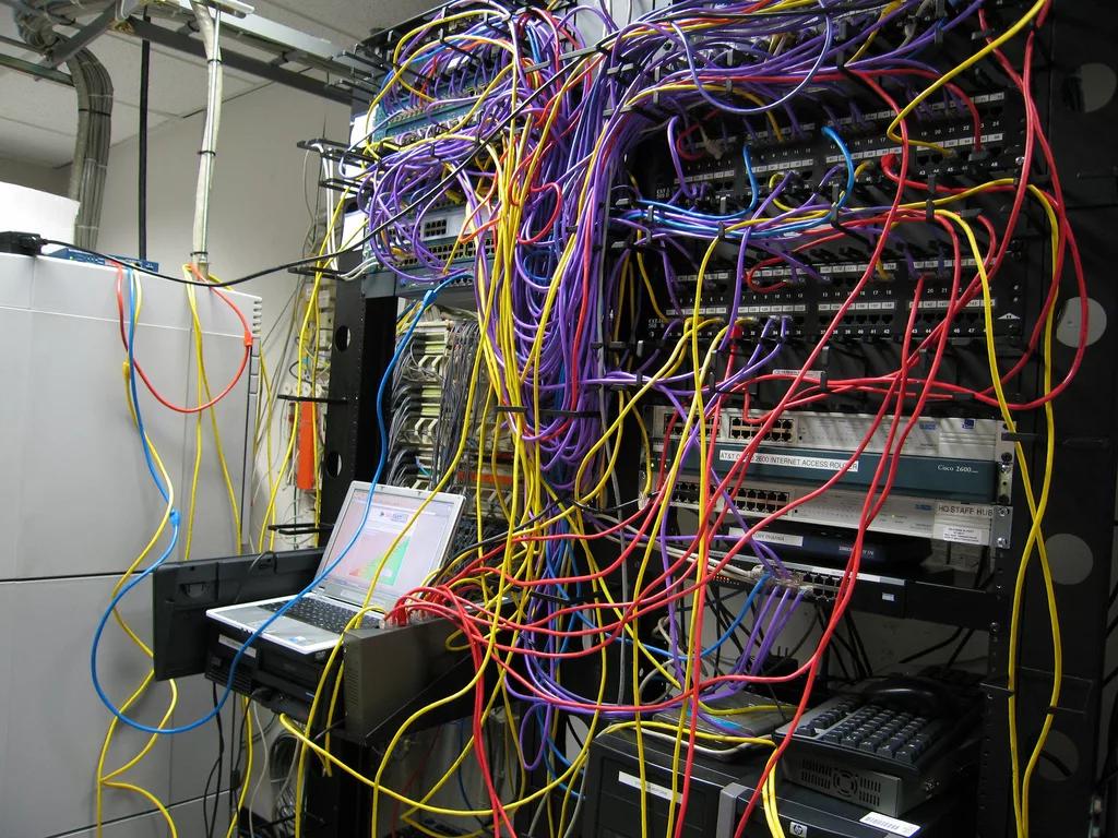 Как разместить сервер на хостинге стабильный интернет для хостинга