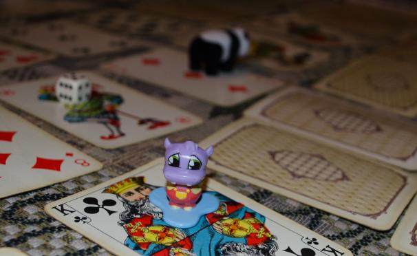 Скачать бесплатно карточную игру 1001