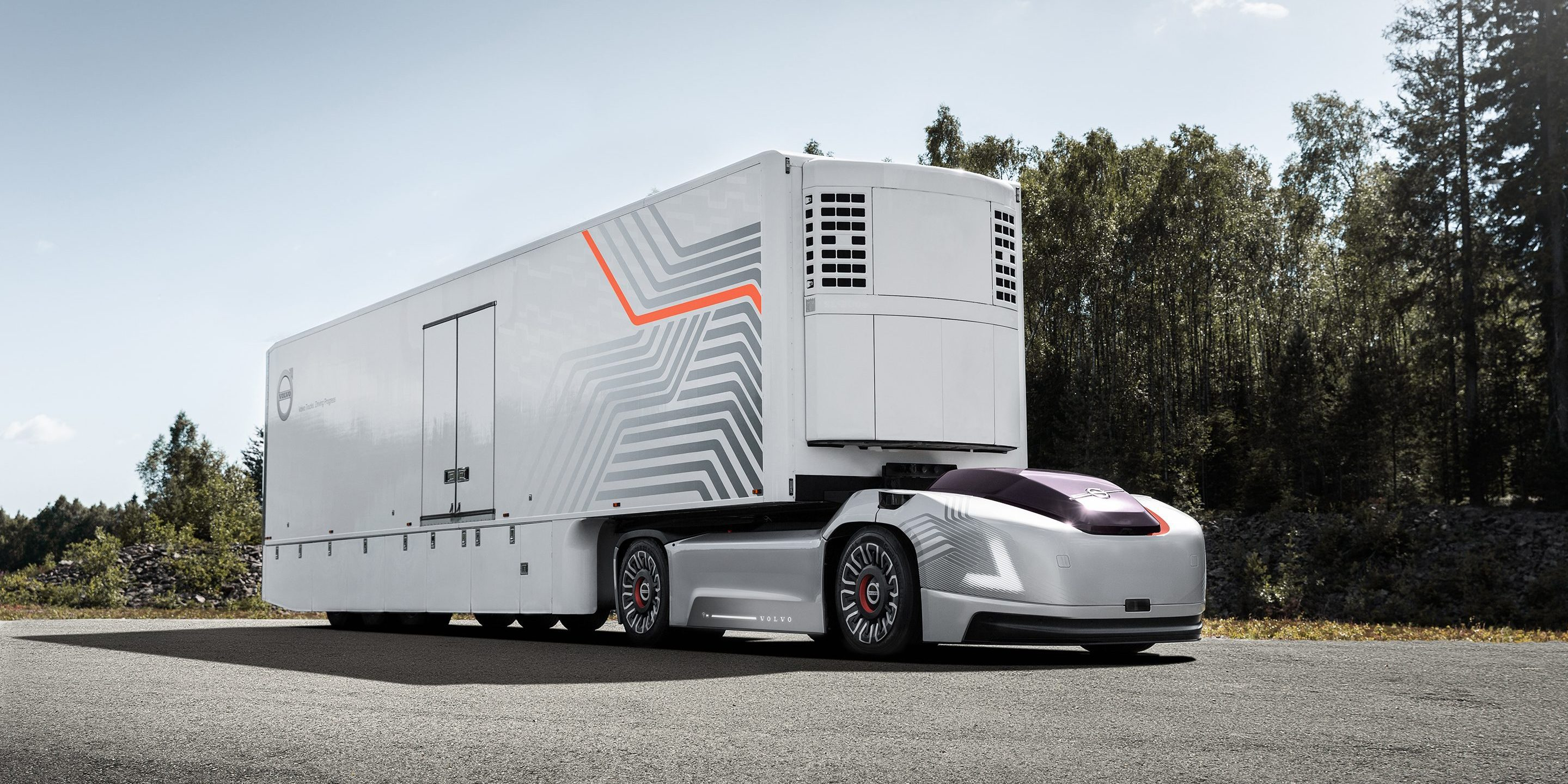 Volvo introduced a self-powered electric truck without the cab